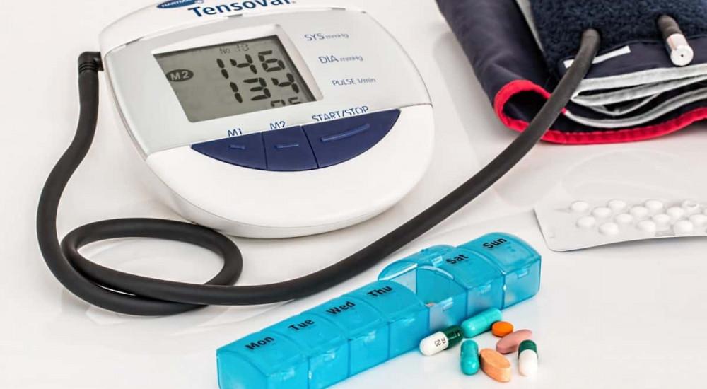 alexander magas vérnyomás