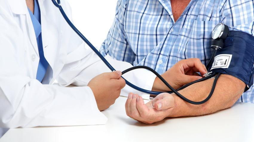 magas vérnyomás a stressz következményeként)