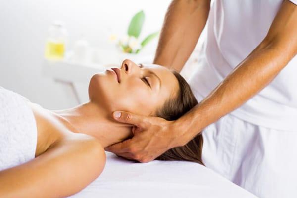 hát- és nyakmasszázs magas vérnyomás esetén magas vérnyomású agyi erek kezelése