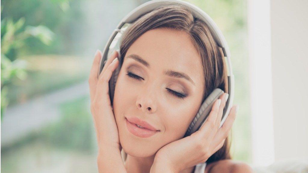 milyen zenét hallgasson magas vérnyomás esetén)