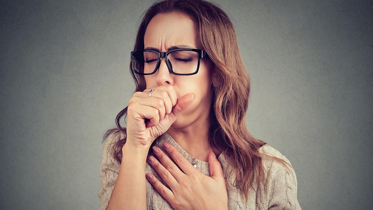 hogyan kell kezelni a magas vérnyomású köhögést