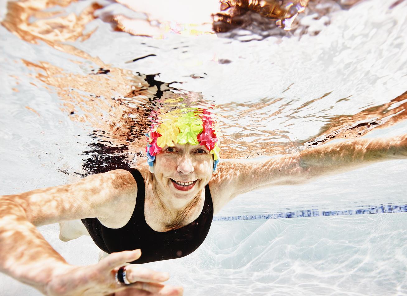 úszás magas vérnyomás miatt)