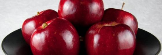 Csontritkulás és magas vérnyomás ellen egyen almát!