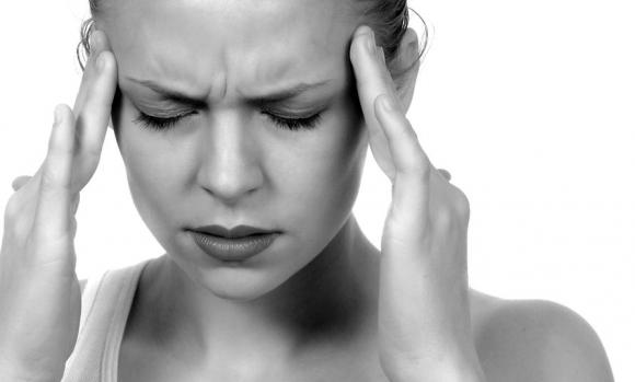 Fejfájás hátul: ezek okozhatják a tarkókörnyéki nyomást - Egészség | Femina