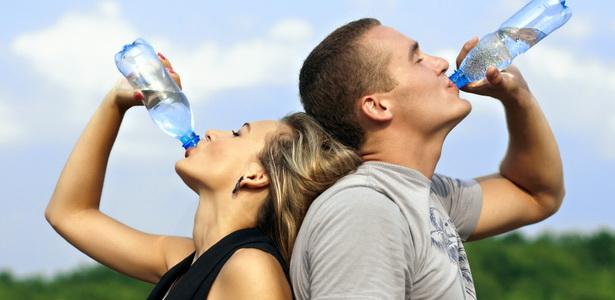 magas vérnyomás esetén mennyi vizet kell inni naponta renin magas vérnyomás esetén