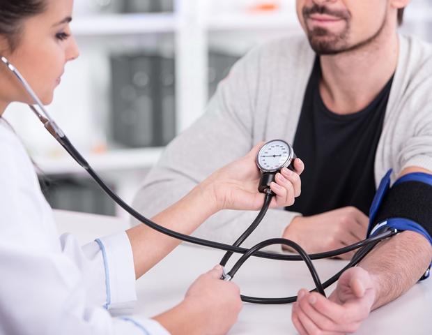 magas vérnyomás légszomj hogyan kell kezelni)