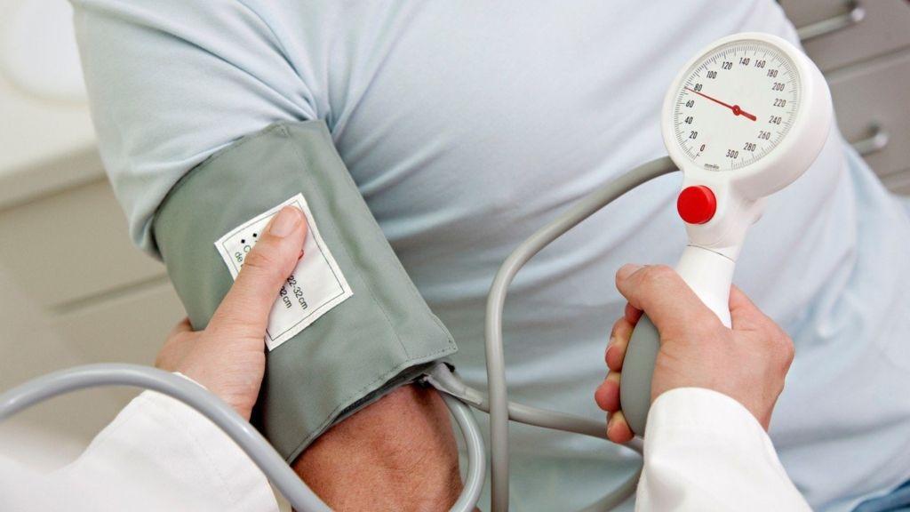 magas vérnyomás kezelés 25 évesen