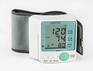 hogyan lehet otthon kezelni a 3 fokozatú magas vérnyomást)