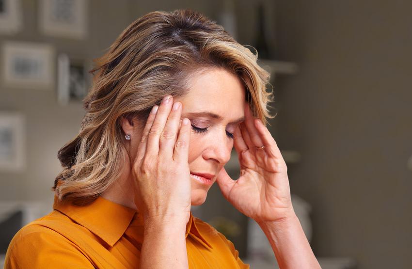 Gyakori reggeli fejfájás: magas vérnyomás is okozhatja