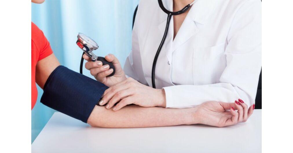 fogyatékosság megállapítása magas vérnyomás esetén