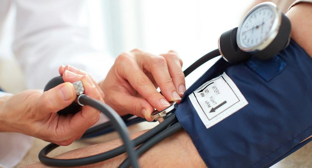 ellenőrizhetetlen magas vérnyomás