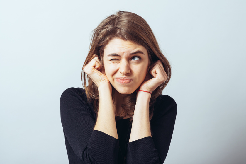 torlódás a fülekben, magas vérnyomás esetén