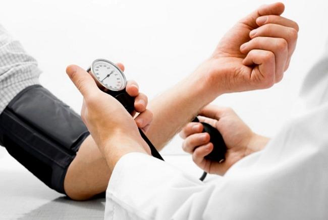 milyen életet éljen magas vérnyomás esetén)