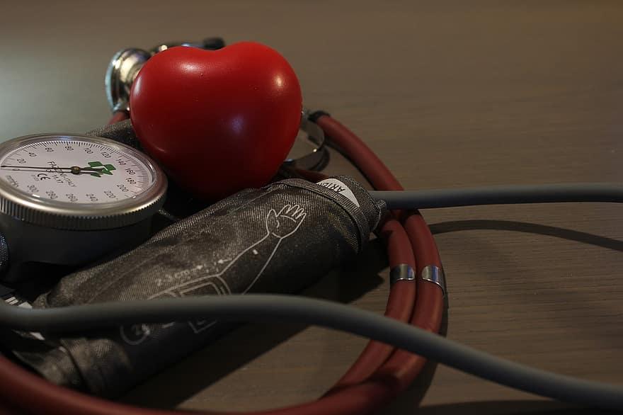 magas vérnyomás klinikák)