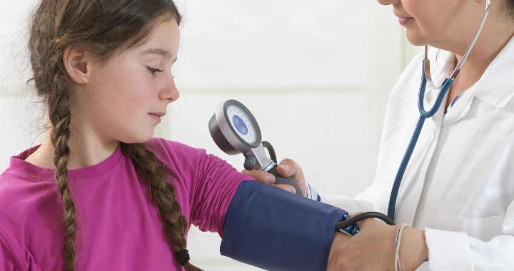 hogyan kell kezelni a gyermekek magas vérnyomását)