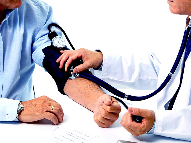ellenőrizze a magas vérnyomást