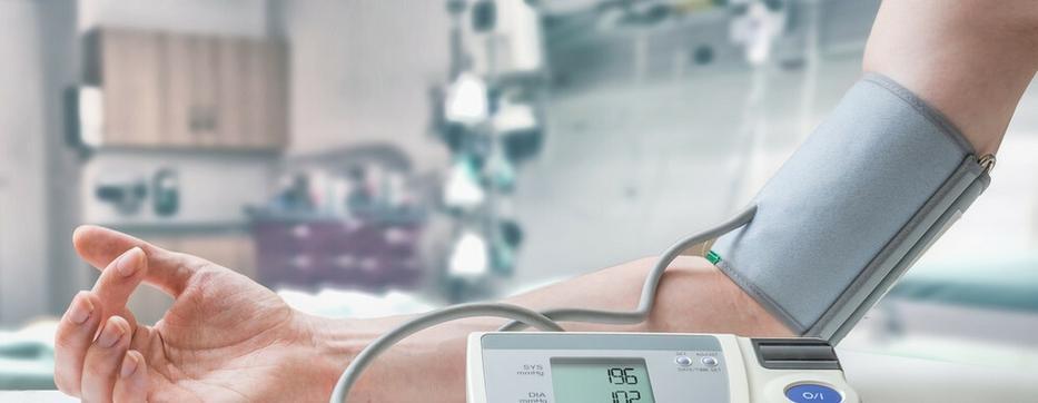 magas vérnyomás áldozata)